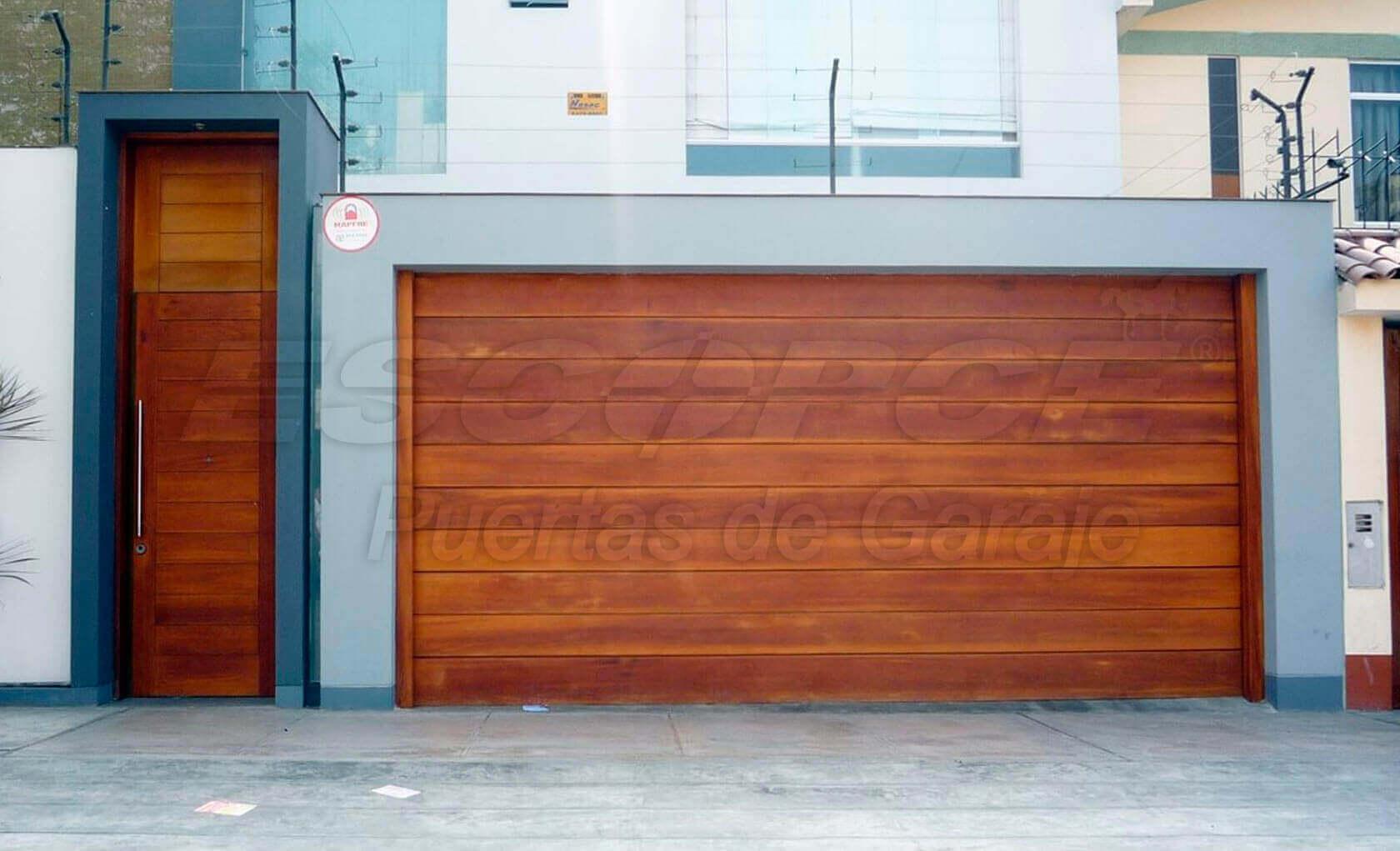 Puertas levadizas puertas residenciales puertas de - Proyecto puerta de garaje ...